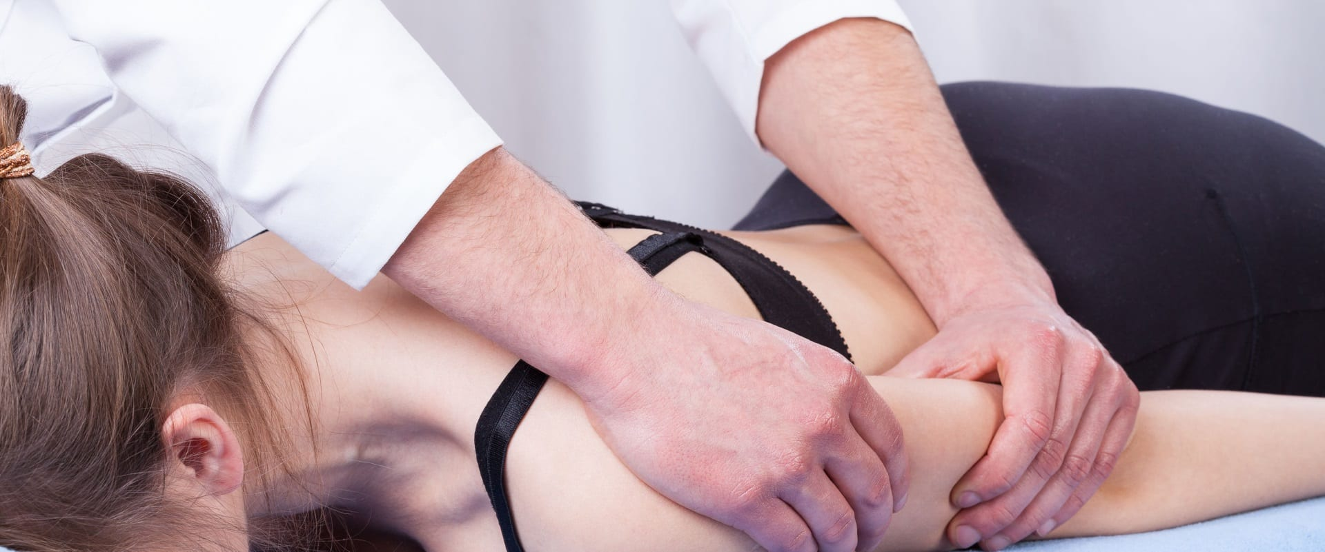shoulder and arm pain plympton osteopathic clinic osteopath plymouth